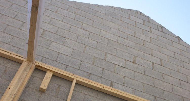 Una sola pared puede tener cientos de bloques, haciéndolos difíciles de contar.