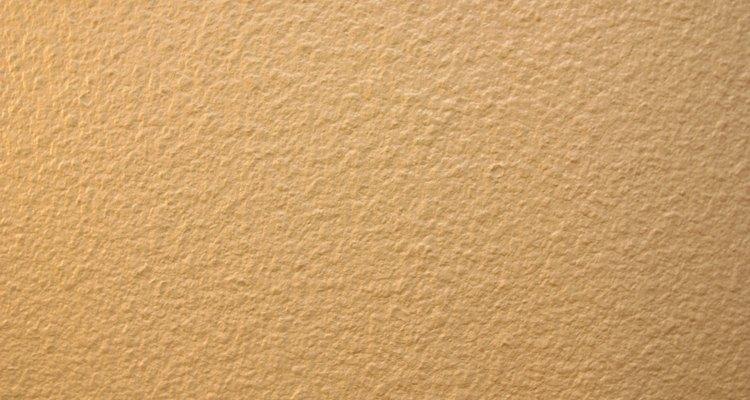 Los marrones claros combinan con los tonos terrosos del roble.
