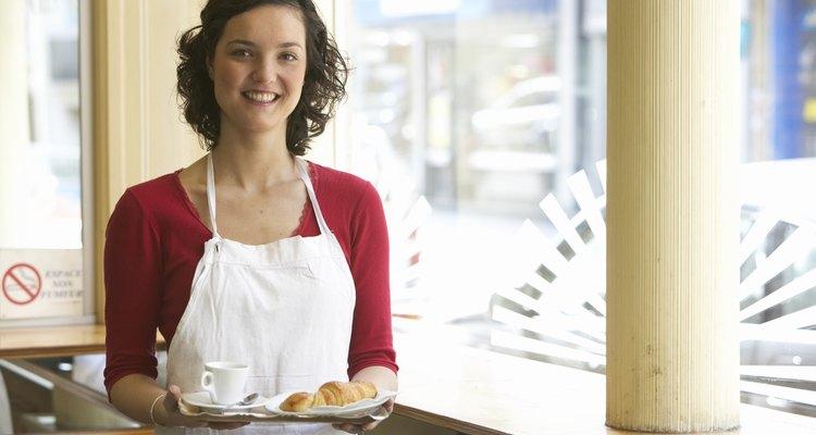 Los cocineros usan sólo las mejores partes del producto alimenticio en comidas preparadas.