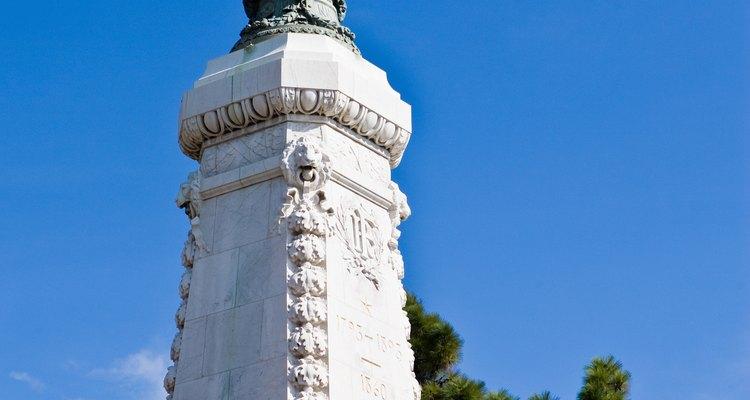 Monumentos de pedra de cada século tem sobrevivido ao teste do tempo