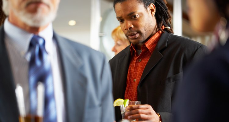 Os dreadlocks podem ficar bem mesmo em um ambiente empresarial