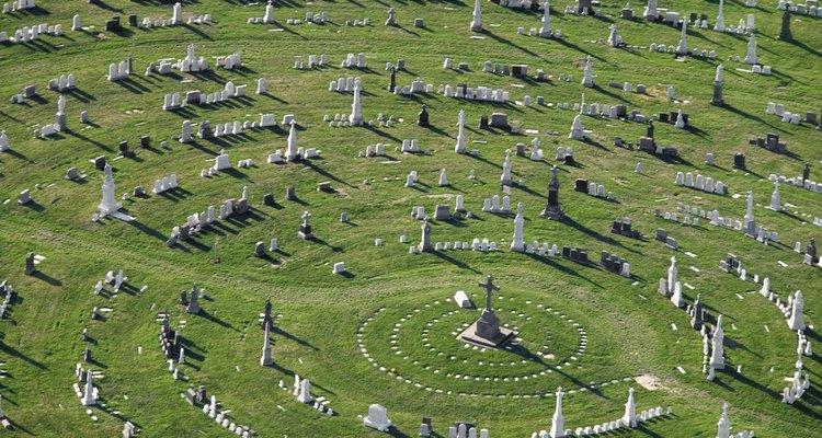Los cementerios reflejan el índice de mortalidad de un país.