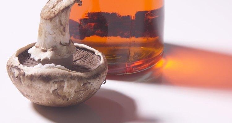 O vinagre pode ajudar a corrigir um bronzeado laranja