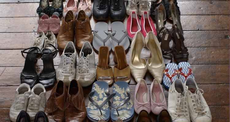 Los tamaños estandarizados de lo zapatos no se establecieron hasta el 1300.