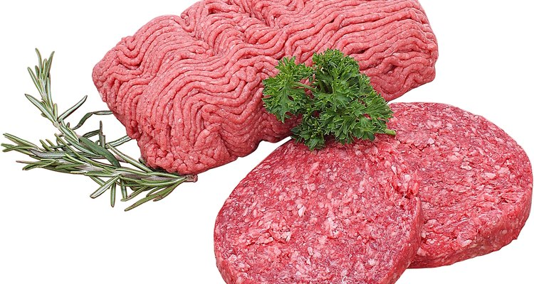 Para consumo seguro de carne bovina moída, conheça os sinais de deterioração