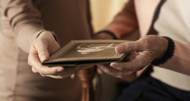 Plastificar o papel fotográfico pode aumentar sua vida