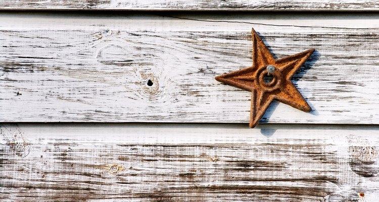 A cal pode ser usada para proteger madeira e criar uma aparência nostálgica na mobília