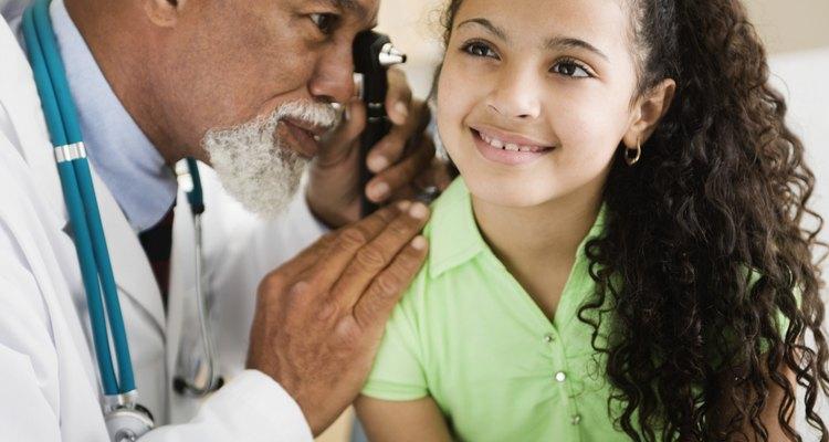 La mayoría de los pediatras generales son M.D..