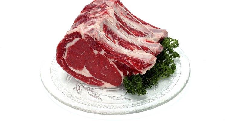 La médula ósea de la carne se encuentra en el centro de los huesos grandes de la misma.