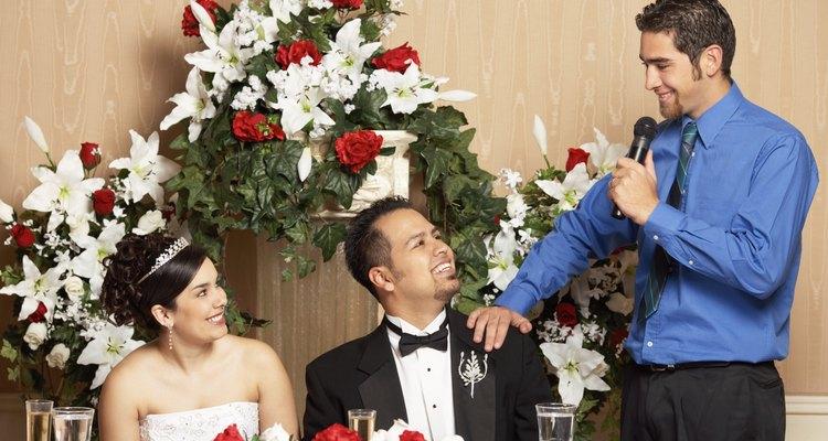 Aproveite a oportunidade para dar os sinceros parabéns ao casal