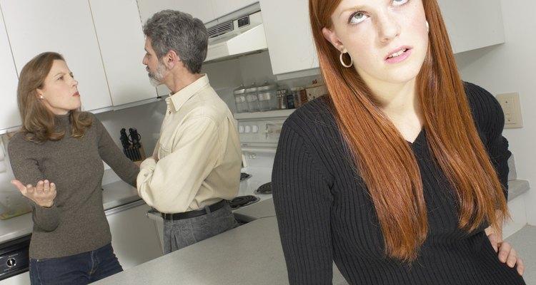 Las peleas y los insultos no animarán a tu hijo a cambiar sus maneras.