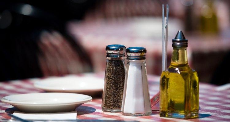 O azeite de oliva oferece muitos benefícios à saúde