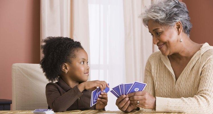 Según la ley, los abuelos son tratados como cualquier persona que no sea un padre biológico.