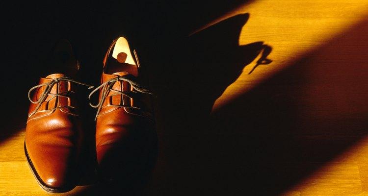 Sapatos de qualidade podem ser mantidos em boas condições por vários anos