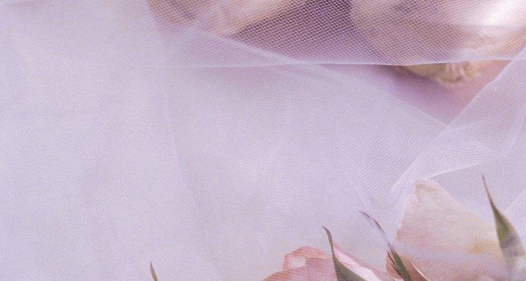 Haz su pastel memorable con una zapatilla de ballet de fondant.