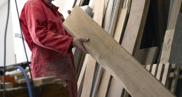 La madera moderna mide menos que su tamaño indicado.