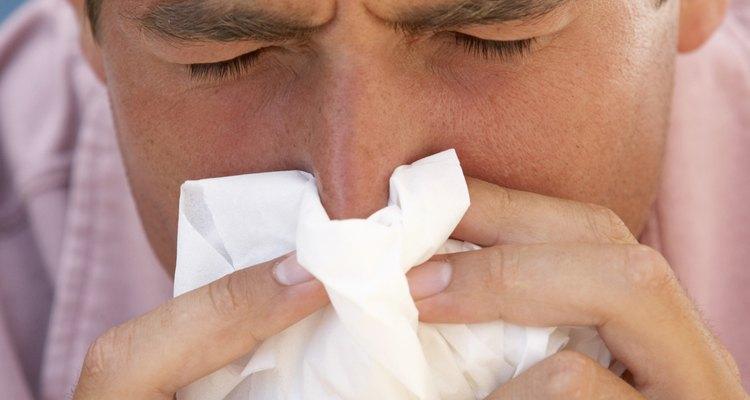Um nariz rachado pode piorar a sensação ruim de um resfriado.