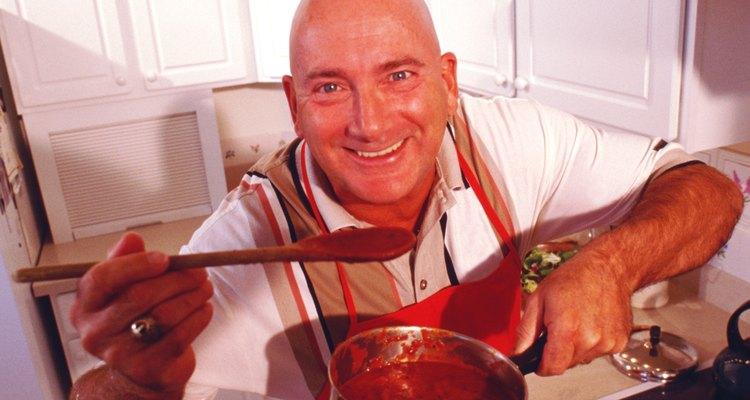 Adoçar a massa de tomate faz com que ela fique mais saborosa
