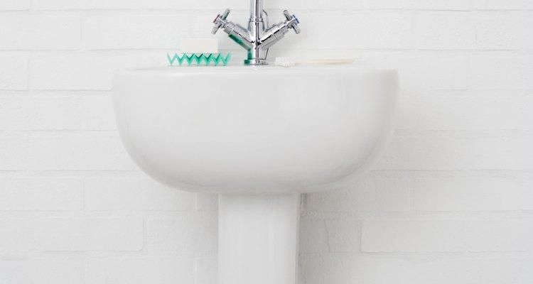 Reemplaza el desagüe de tu lavabo.