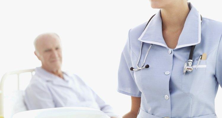 Posicione corretamente a aparadeira de modo que o paciente se sinta confortável nela