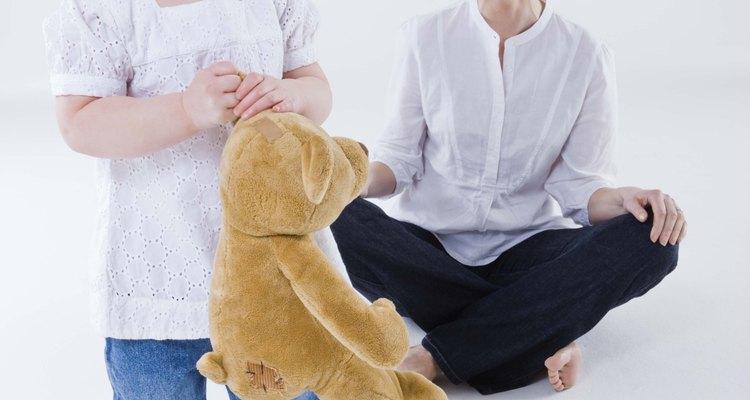 Darle a tu niño pequeño mucha atención positiva le ayuda a seguir las reglas.