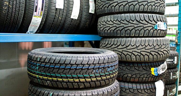 O pneu é a parte mais exposta de uma roda de carro