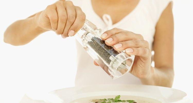 A pimenta adicionada em sopas não pode ser removida, mas é possível neutralizar seu sabor