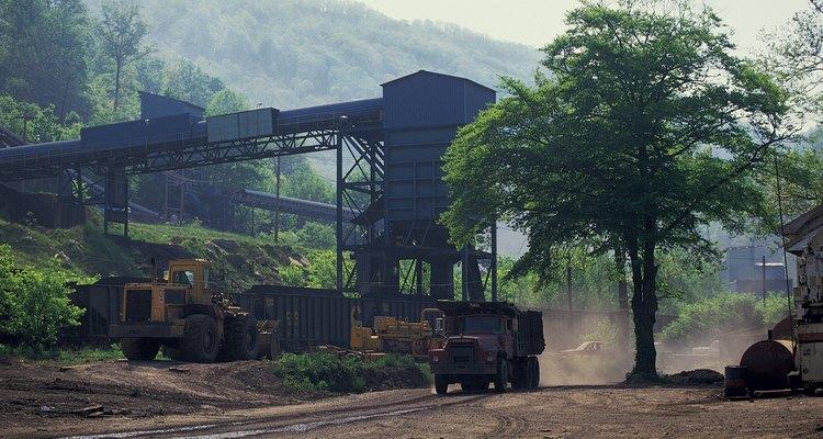 La minería de carbón es un tema controversial en muchos países.