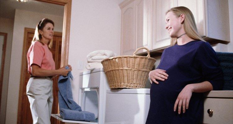 Las madres jóvenes necesitan habilidades hogareñas.