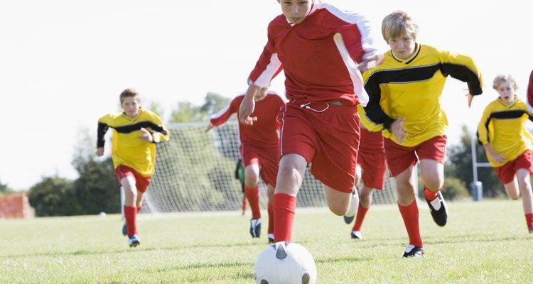 Los deportes como el fútbol fomentan la autoestima.