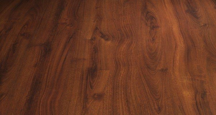 Madeira de cerejeira pode não combinar com a decoração do seu quarto