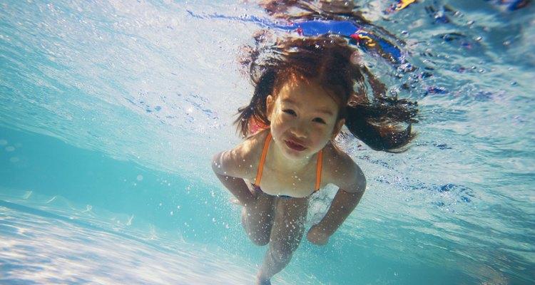 Calefacciona tu piscina para usarla durante todo el año.