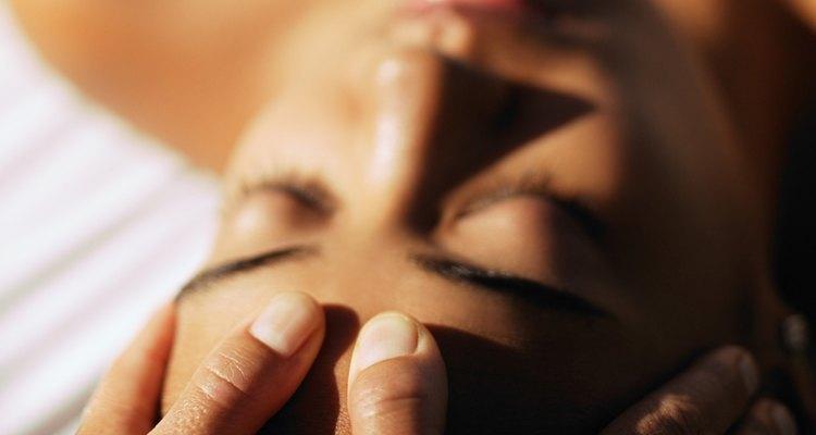 Los masajes sensuales te ayudan a conectarte con tu pareja.