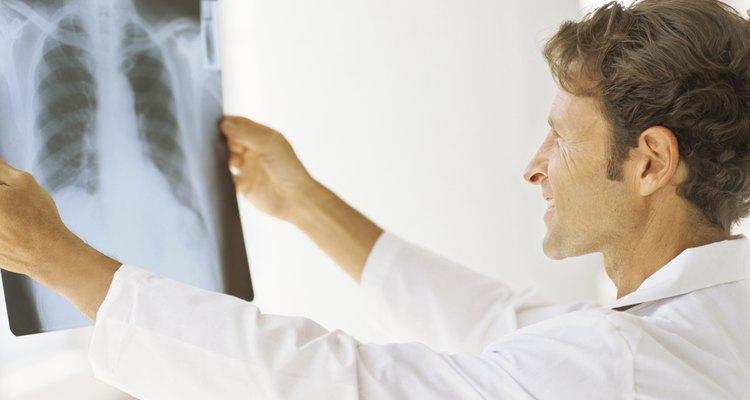A congestão no peito é um sintoma de doenças e infecções crônicas
