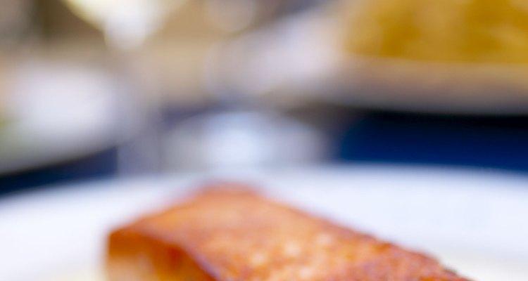 El salteado de verduras es una opción muy extendida para complementar muchos platos de salmón.