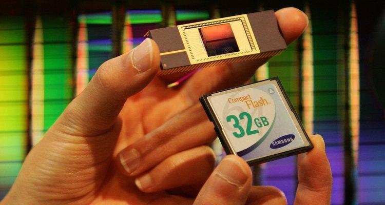 Os cartões de memória permitem que centenas de fotos sejam tiradas e armazenadas