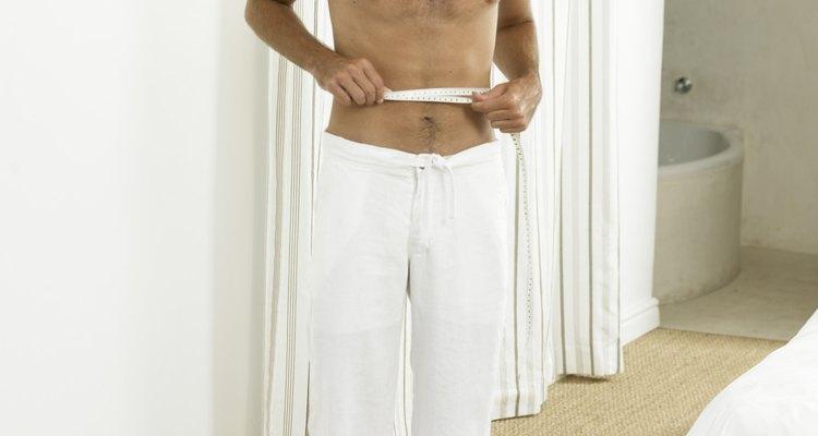 Medir tu cintura es el primer paso para aumentar la pretina.