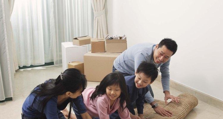 Las alfombras pueden ser peligrosas sino son correctamente fijadas al suelo.