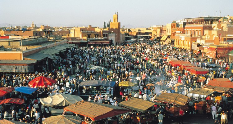 Prepárate para negociar en los mercados de Marrakech.
