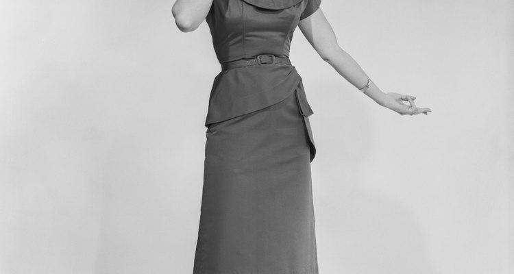 La ropa sensible y cándida que se usaba en la década de 1950 era además de funcional, linda para los niños, los hombres y las mujeres.