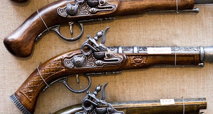 As primeiras pistolas só eram efetivas em distâncias curtas