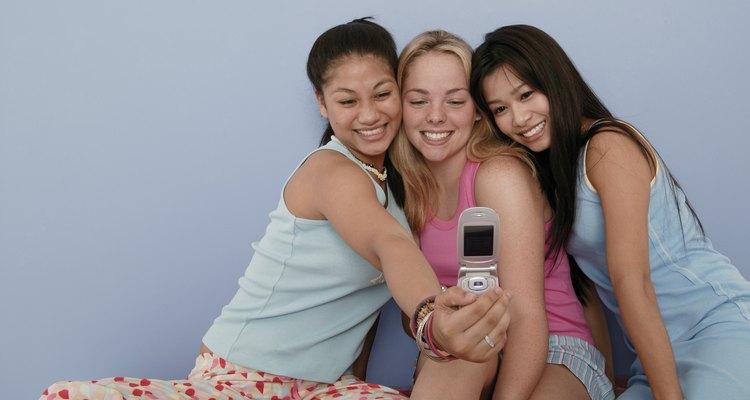 Dê à sua filha uma festa do pijama divertida na companhia de suas amigas