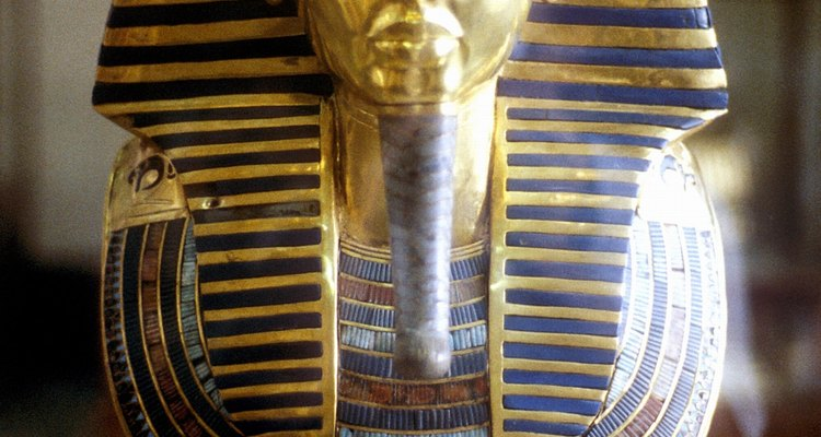 King Tut's mummy had canopic jars along with it.