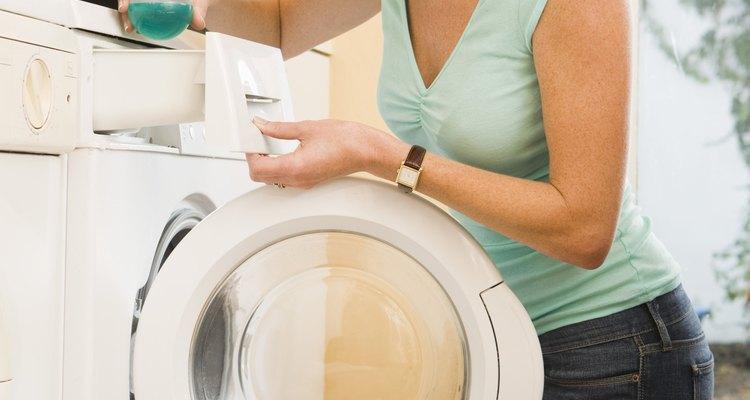 Deja tu ropa con aroma fresco al crear un detergente casero.