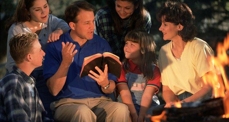 Un retito acerca a la juventud a Dios, a Jesús y unos a otros.