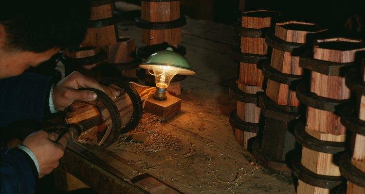 Es indispensable contar con una buena iluminación en un taller.