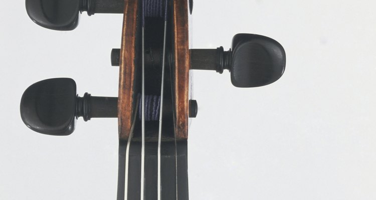 Trocar o encordoamento de um violoncelo é um procedimento simples