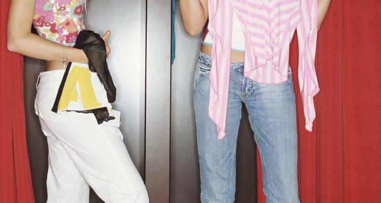 Las chicas adolescentes pueden recurrir al robo si tienen problemas sin resolver.