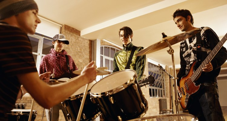 Toda sala é como um instrumento indesejado tocado com os músicos