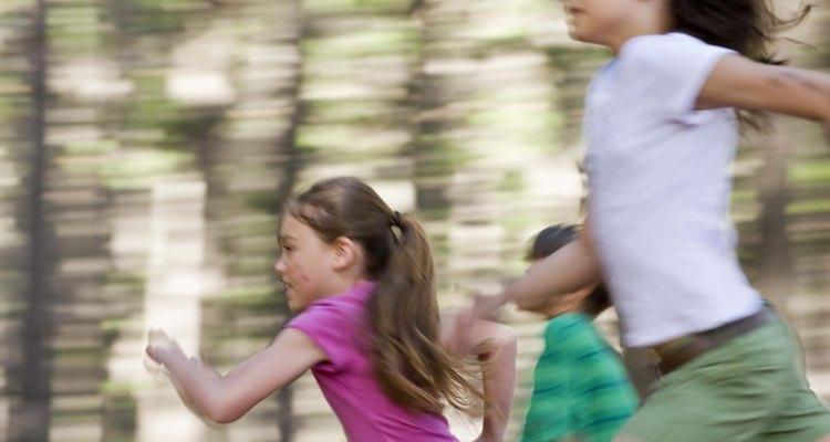 Brincadeiras de pique são muito populares entre crianças de 6 a 12 anos